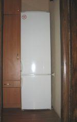 Узкие холодильник – Пришлось купить самый узкий компактный двухкамерный холодильник шириной 54 см и поставить его в прихожей