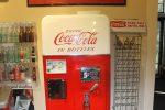 Coca cola холодильник – Холодильники Кока Кола (Coca Cola) – отзывы, цены, характеристики, реклама кока кола с миром внутри холодильника.